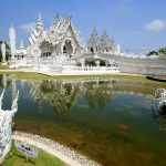 Von Chiang Mai nach Laos: White Temple, Black House und Golden Triangle White Temple