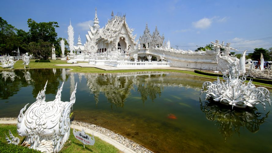 Von Chiang Mai nach Laos: White Temple, Black House und Golden Triangle