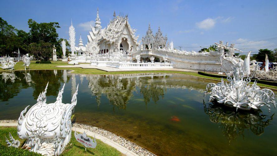 Von Chiang Mai nach Laos: White Temple, Black House und Golden Triangle
