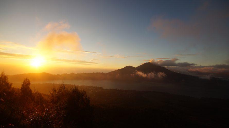 Vulkaninsel Bali: Sonnenaufgang auf dem Vulkan Batur