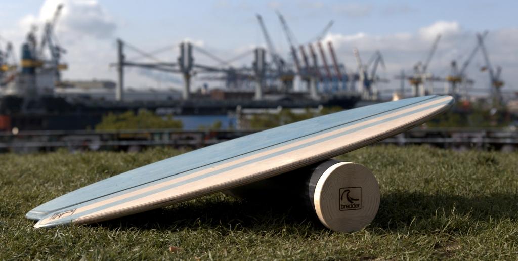 Surfen lernen mit dem Bredder Balance Board