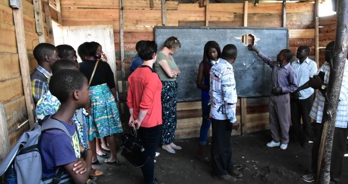 Schulraum im Kongo