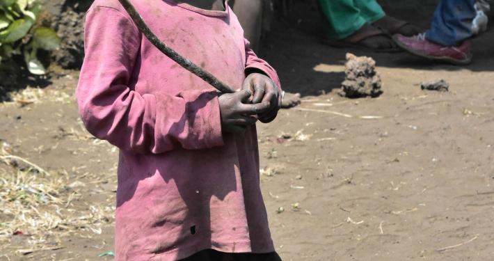 Waisenkind im Kongo