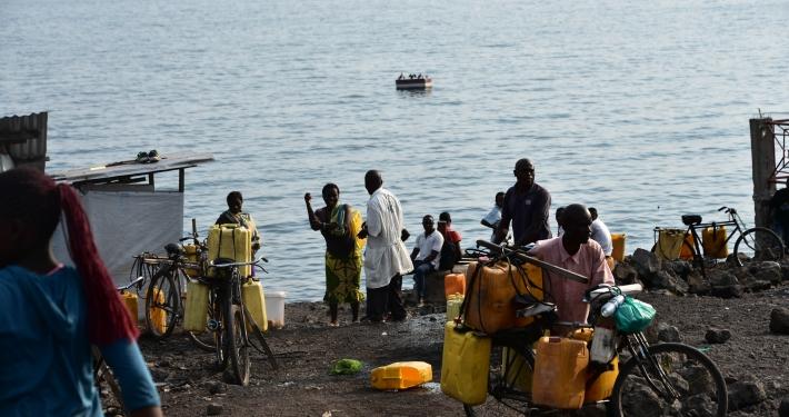 Wasser am Kivu See