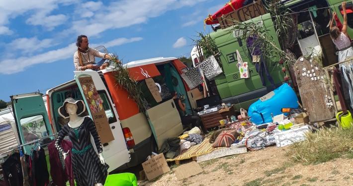 Hippiemarkt in Barão de São João