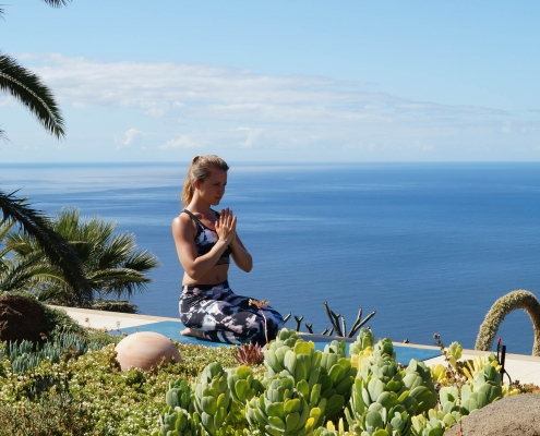 Anjali Mudra im Yoga Urlaub