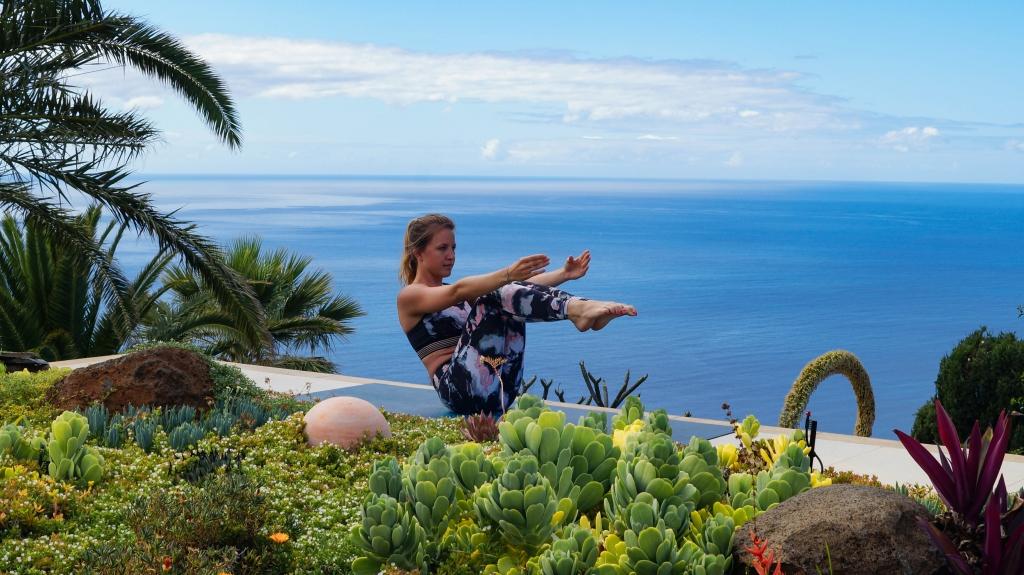 Yoga Urlaub: mit Poweryoga fit auf Reisen. Anleitung für ...