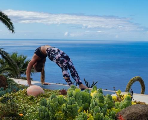 Brücke im Yoga Urlaub