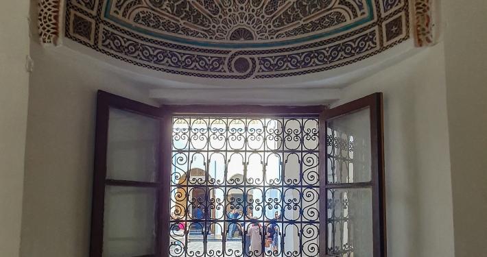 Verzierung im Bahia Palast in Marrakesch