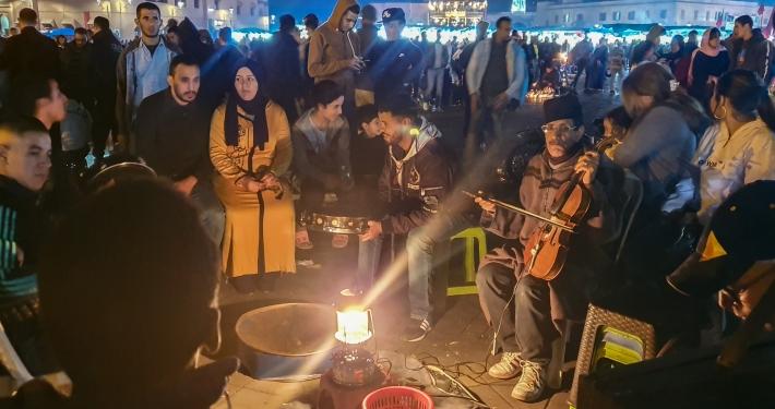 Musiker auf dem Djemaa el-Fna in Marrakesch