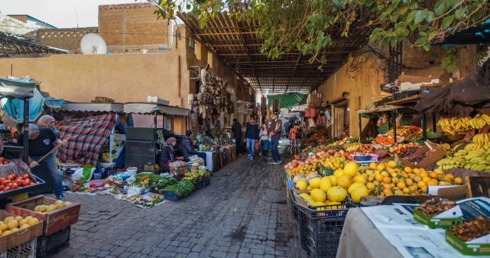 Marktstände in Marrakesch