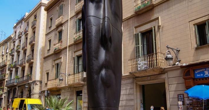 """""""Carmela"""" by Jaume Plensa"""