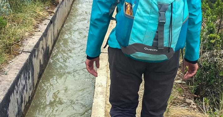 Wandern entlang des Kanals Salkantay Trek