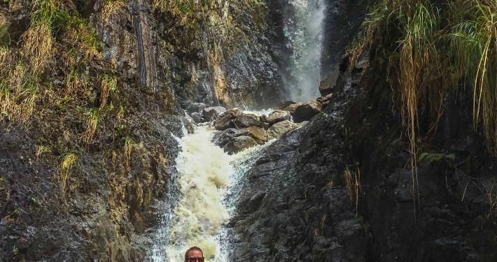 Wasserfall im Lluskamayu Tal Salkantay Trek