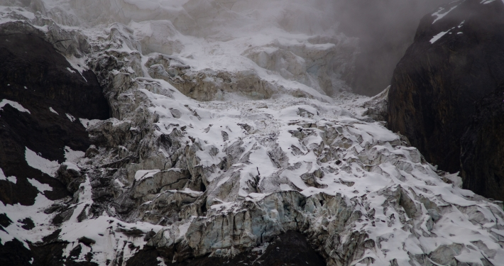 Schneebedeckte Berge an der Humantay Lagoon