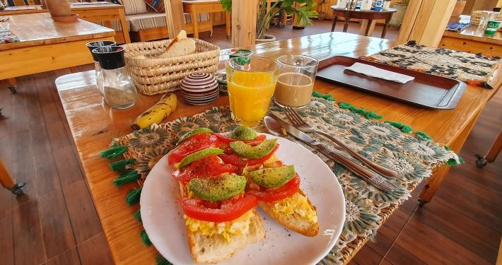 Frühstück im Dar Surf