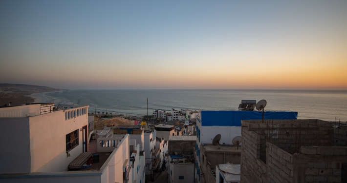 Sonnenuntergang auf der Dachterrasse des Dar Surf