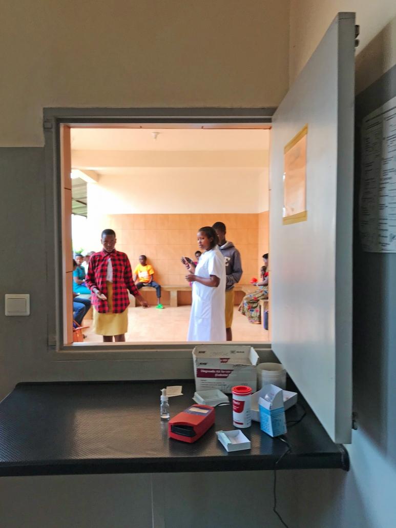 Medikamentenausgabe Krankenhaus Gikonko Ruanda