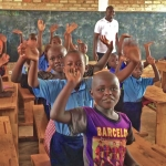 Fly and Help Schule in Ruanda